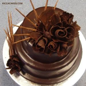 B030 CHOCOLATE FLOWERS BIRTHDAY CAKE